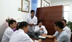 全国名老中医李桂贤传承工作室揭牌仪式启动