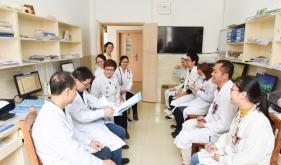 李双蕾教授赴隆安参加医疗扶贫义诊活动