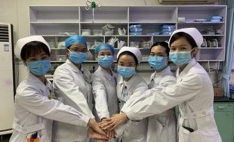 致敬:逆风者,向阳而生!——我院第一批抗击新型冠状病毒感染的肺炎护理志愿者已经到岗!