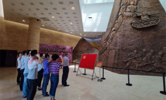 仙葫院区第十党支部到昆仑关开展革命传统教育主题党日活动